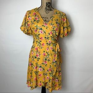 V-neck yellow foral print wrap around belted dress